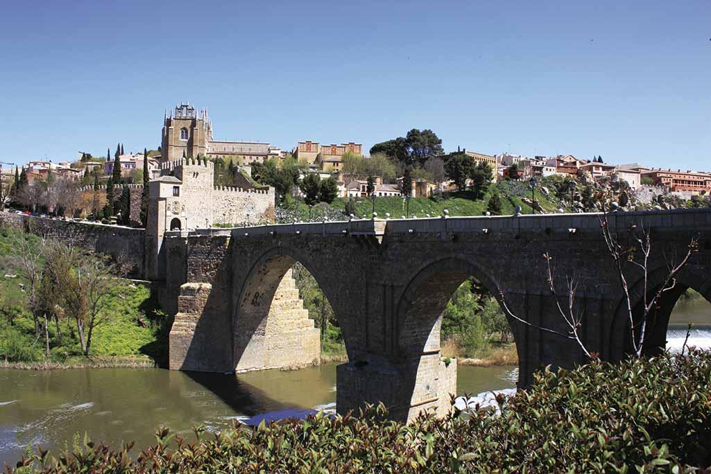 Puente de San Martin en Toledo