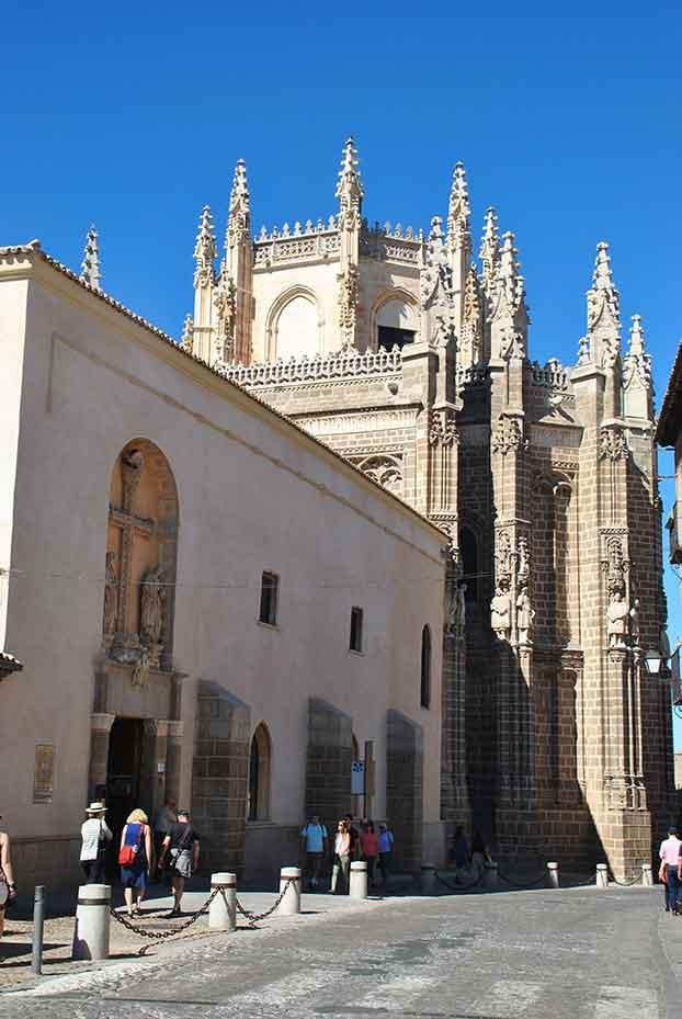 Entrada al Monasterio de San Juan de los Reyes